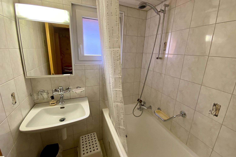 Eggeri - Bath & Shower